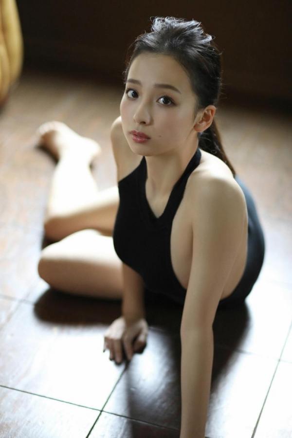 華村あすか 麗しの水着画像 10代の曲線美100枚の062枚目
