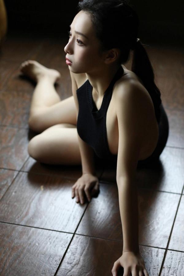 華村あすか 麗しの水着画像 10代の曲線美100枚の063枚目