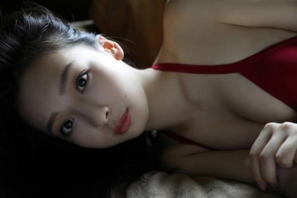華村あすか 麗しの水着画像 10代の曲線美100枚の075枚目