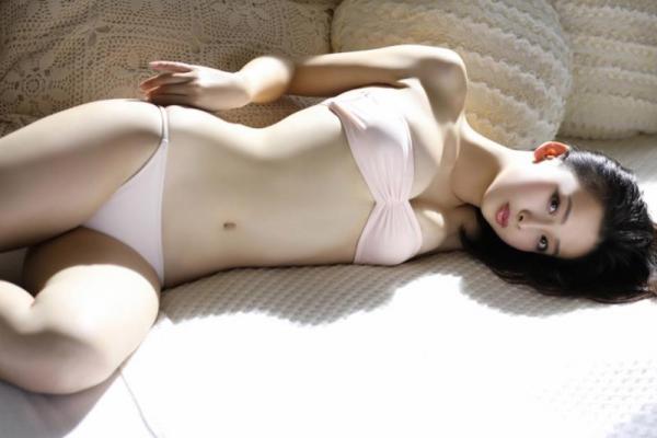 華村あすか 麗しの水着画像 10代の曲線美100枚の095枚目