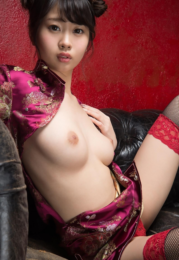 春宮すず スレンダー美巨乳娘ヌード画像140枚のb005番