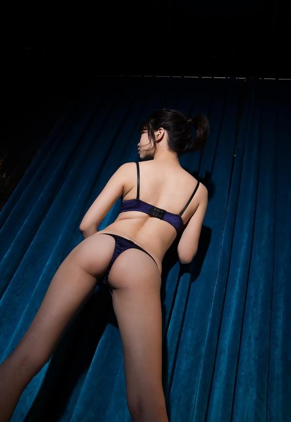 春宮すず スレンダー美巨乳娘ヌード画像140枚のb010番