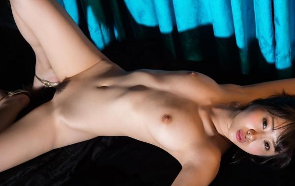 春宮すず スレンダー美巨乳娘ヌード画像140枚のb018番