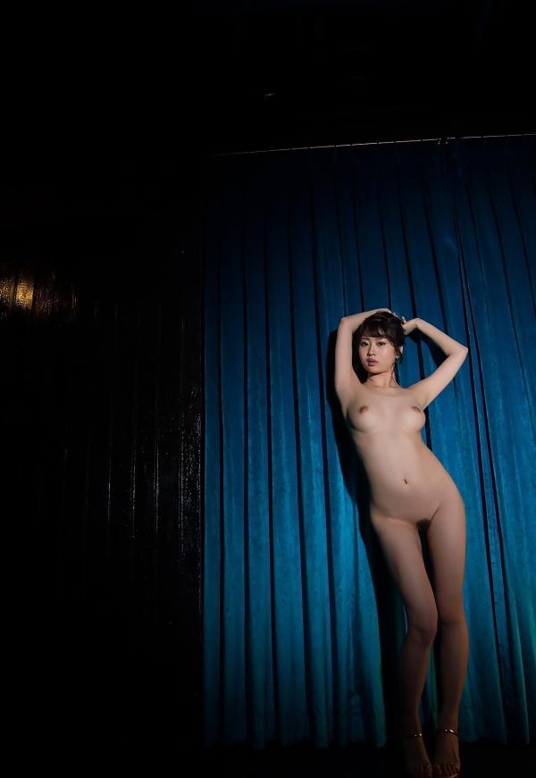 春宮すず スレンダー美巨乳娘ヌード画像140枚のb020番