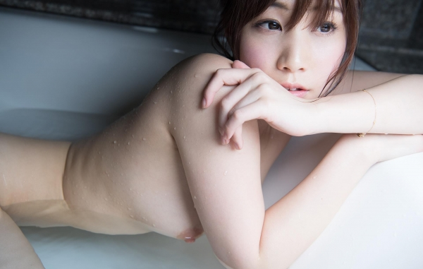 長谷川るい フルヌードまっぱだか全裸画像92枚の50枚目