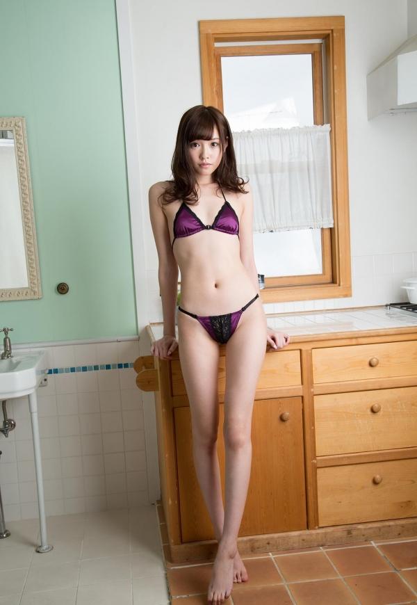 橋本ありな スレンダーちっぱい美女ヌード120枚の103枚目