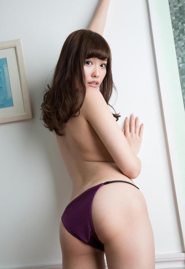 橋本ありな スレンダーちっぱい美女ヌード120枚の114枚目