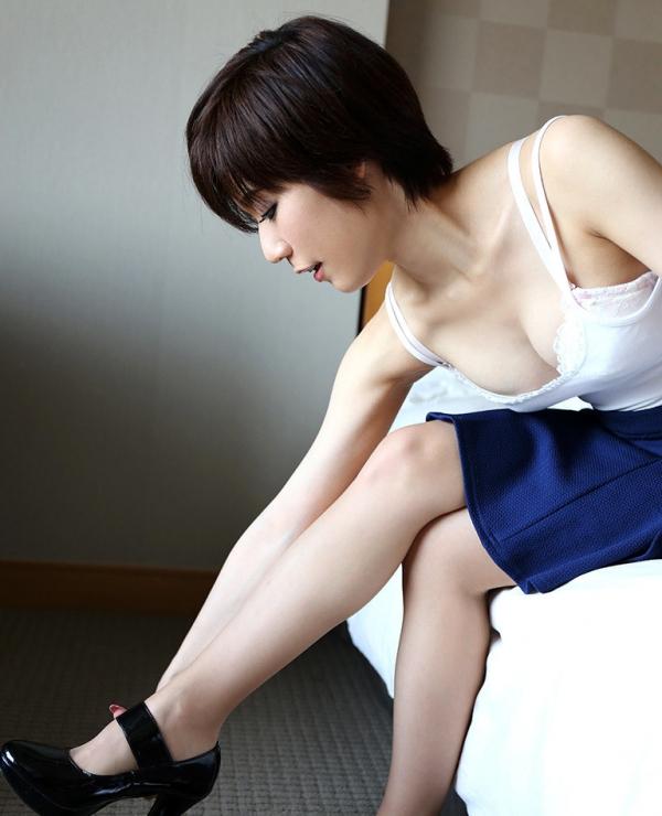 橋本麻衣子(尾上美奈)ショートヘアのアラサー不倫妻エロ画像87枚のa009枚目