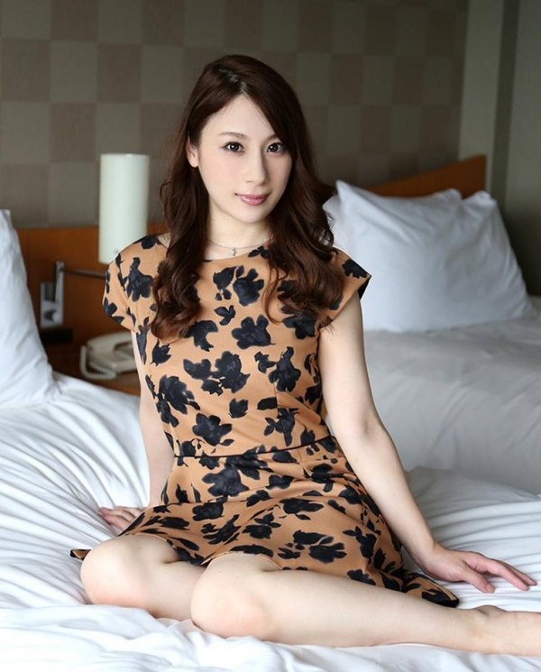 麗しく美人な人妻 尾崎彩香(橋本れいか)エロ画像62枚のa03枚目