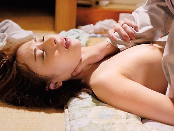 麗しく美人な人妻 尾崎彩香(橋本れいか)エロ画像62枚のb17枚目