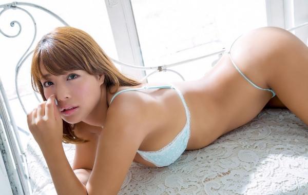 橋本梨菜(はしもとりな)巨乳で黒肌のグラビアアイドル水着画像100枚の017枚目