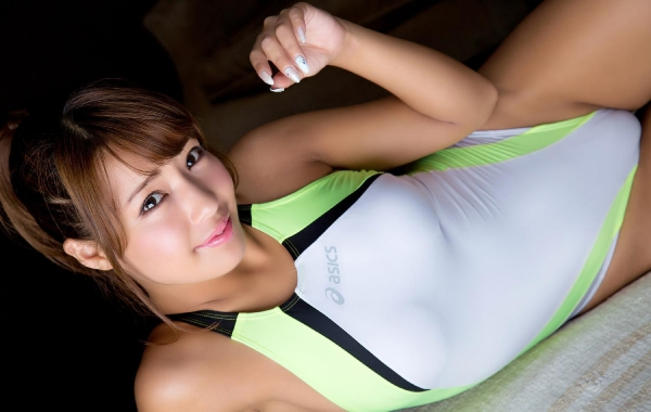 橋本梨菜(はしもとりな)巨乳で黒肌のグラビアアイドル水着画像100枚の033枚目