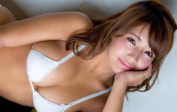 橋本梨菜(はしもとりな)巨乳で黒肌のグラビアアイドル水着画像100枚の079枚目