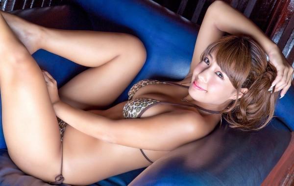橋本梨菜(はしもとりな)巨乳で黒肌のグラビアアイドル水着画像100枚の089枚目