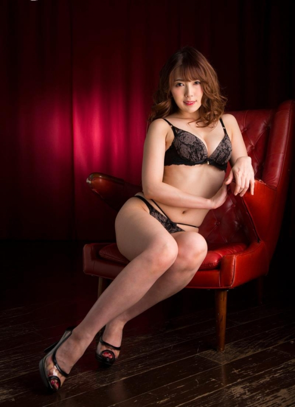 美熟女の味が出てきた波多野結衣さんの全裸フルヌード画像150枚の079枚目