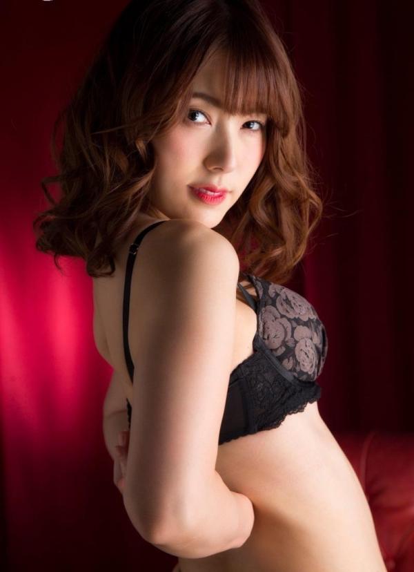 美熟女の味が出てきた波多野結衣さんの全裸フルヌード画像150枚の082枚目