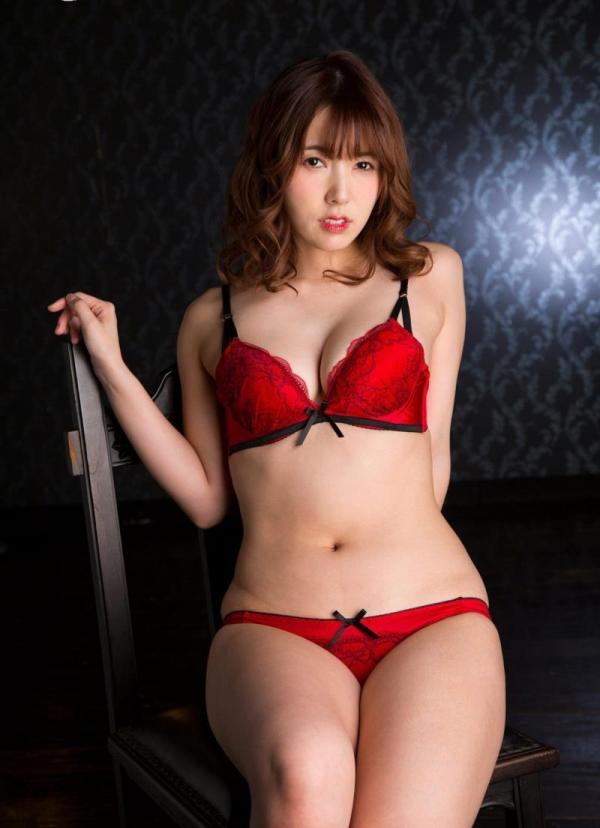 美熟女の味が出てきた波多野結衣さんの全裸フルヌード画像150枚の093枚目