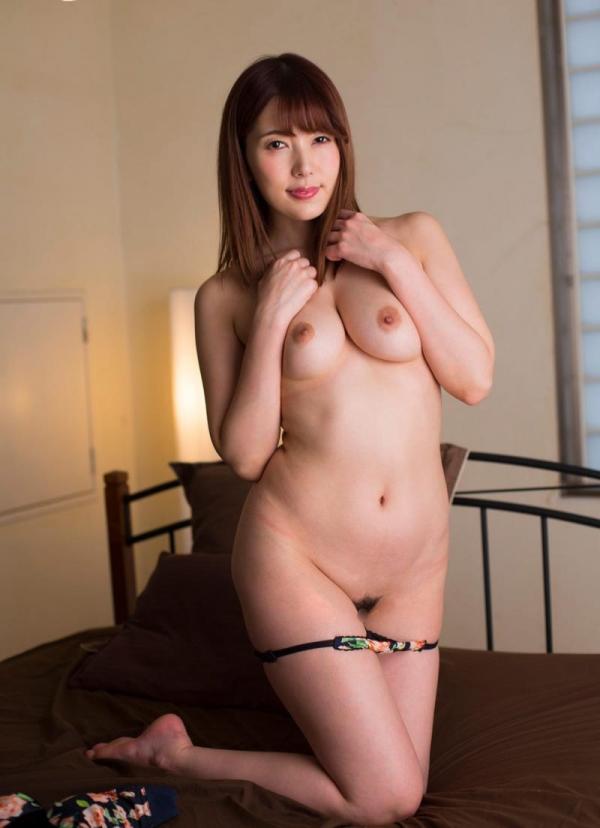 美熟女の味が出てきた波多野結衣さんの全裸フルヌード画像150枚の112枚目
