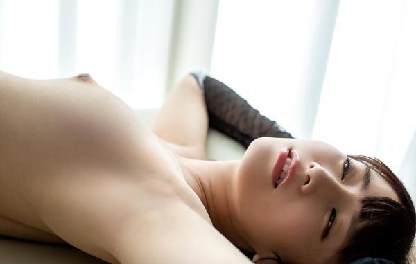 初川みなみ 色白美乳スレンダー美女エロ画像117枚のb076枚目