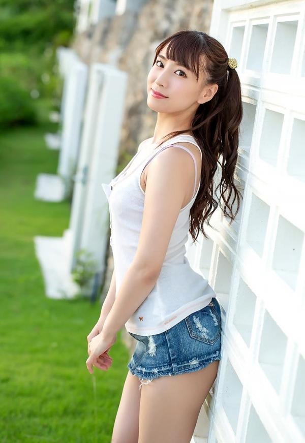 初川みなみ 色白美乳スレンダー美女エロ画像117枚のb087枚目
