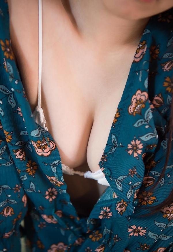 初美りん Eカップ巨乳美少女ヌード画像210枚のa012番