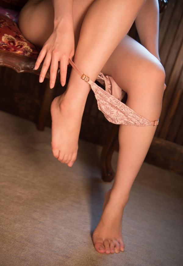 初美りん Eカップ巨乳美少女ヌード画像210枚のa081番