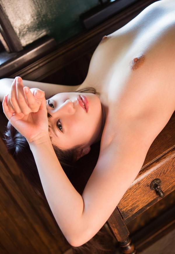 初美りん Eカップ巨乳美少女ヌード画像210枚のa083番