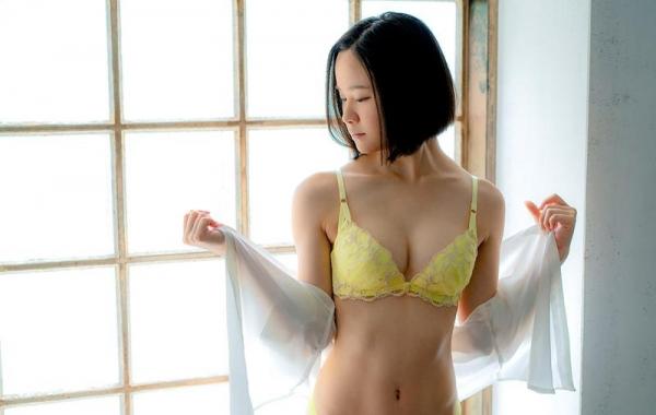 初乃ふみか 極細スリム美巨乳な美少女ヌード画像110枚の012枚目