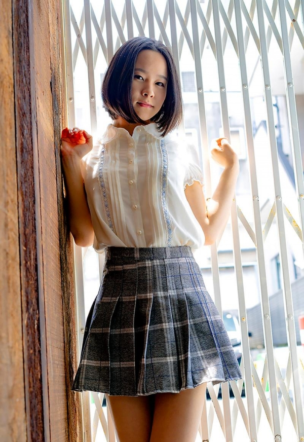 初乃ふみか 極細スリム美巨乳な美少女ヌード画像110枚の036枚目