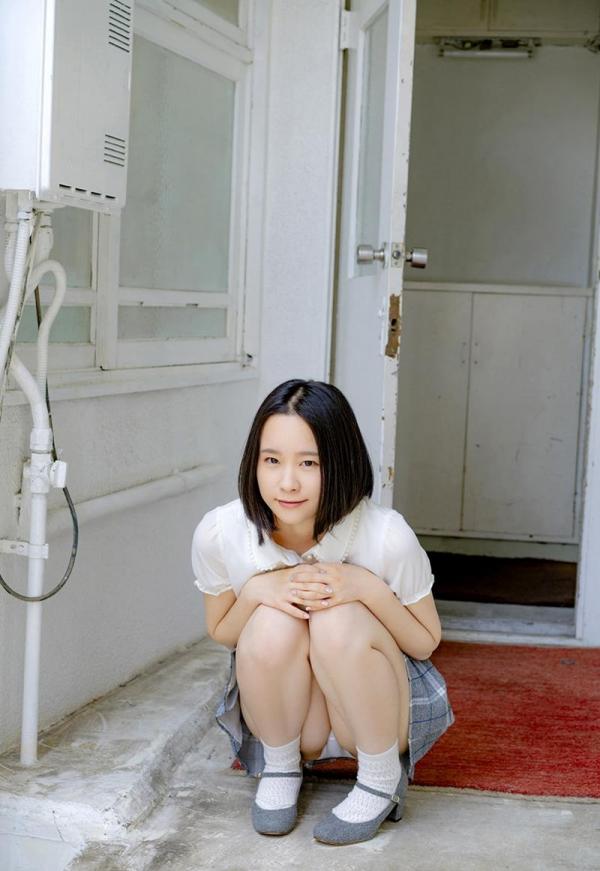初乃ふみか 極細スリム美巨乳な美少女ヌード画像110枚の039枚目
