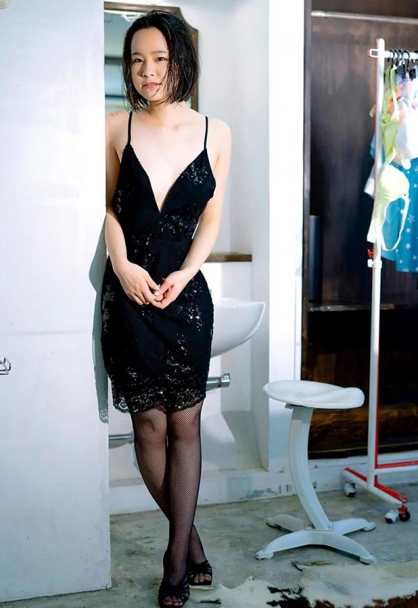 初乃ふみか 極細スリム美巨乳な美少女ヌード画像110枚の097枚目