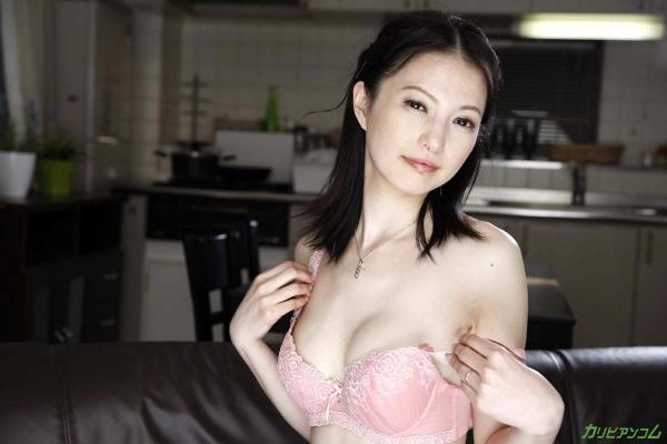 スレンダー美熟女 白咲奈々子(羽月ミリア)エロ画像30枚のa008枚目