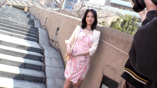 スレンダー美熟女 白咲奈々子(羽月ミリア)エロ画像30枚のb002枚目