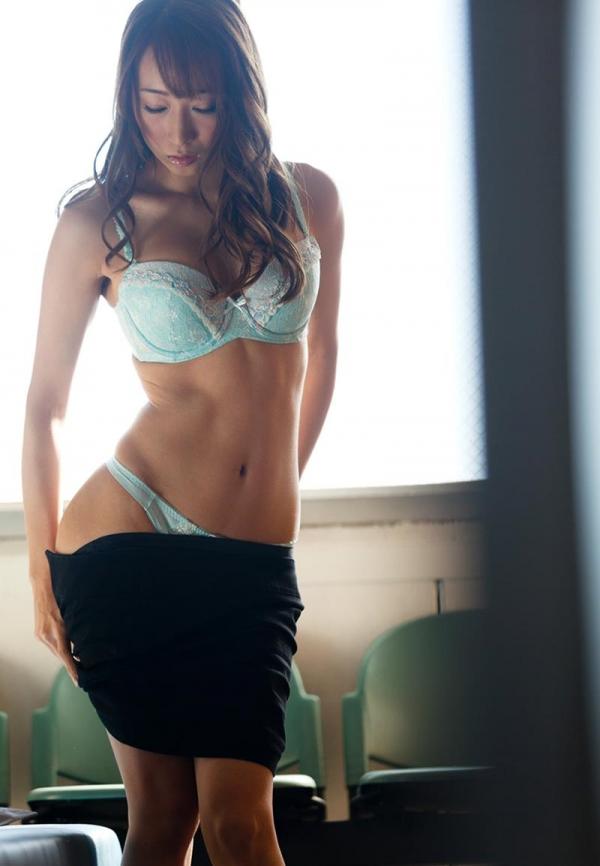 脱衣のセクシー画像 スレンダー美巨乳 蓮実クレア 画像70枚の014枚目