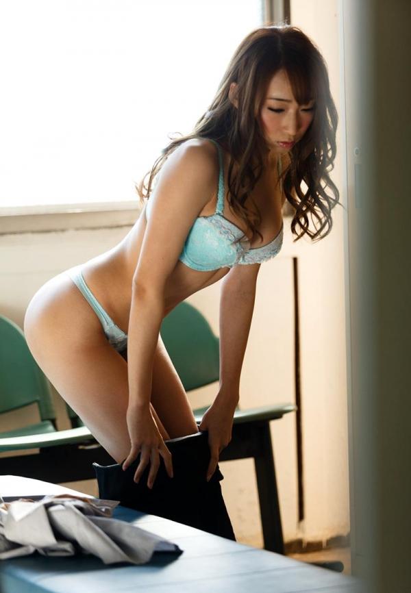 脱衣のセクシー画像 スレンダー美巨乳 蓮実クレア 画像70枚の015枚目