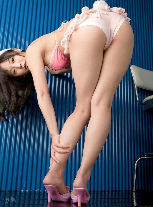 ハイヒールを履いた艶っぽい美女のヌード画像100枚の014枚目
