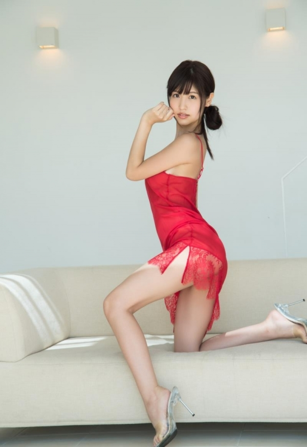 ハイヒールを履いた艶っぽい美女のヌード画像100枚の076枚目