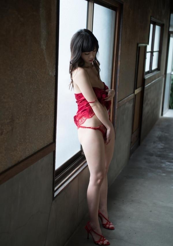 ハイヒールを履いた艶っぽい美女のヌード画像100枚の093枚目
