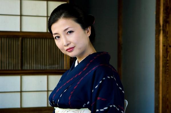 斉藤依子(堀口夏菜子)不倫する欲求不満の美人若妻エロ画像60枚の081枚目