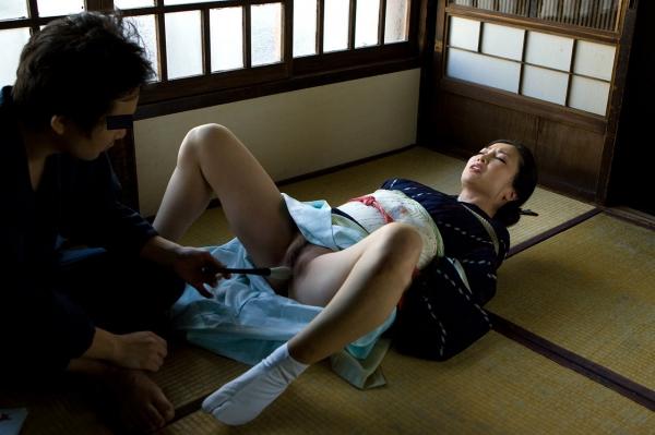 全裸熟女を緊縛 樋口冴子(桐島千沙)SM画像85枚の009枚目