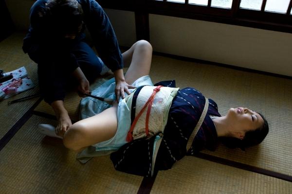 全裸熟女を緊縛 樋口冴子(桐島千沙)SM画像85枚の012枚目