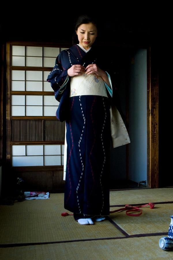 全裸熟女を緊縛 樋口冴子(桐島千沙)SM画像85枚の018枚目