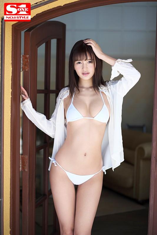 元芸能人 ひなたまりん 8頭身スレンダー美少女エロ画像21枚のb011枚目