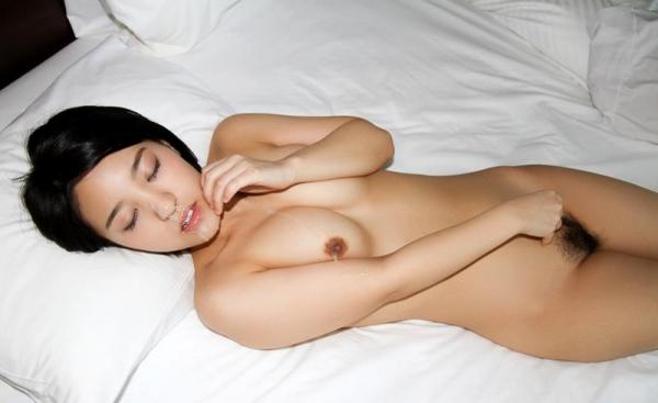 ひなた澪 Cカップ美乳の美少女セックス画像90枚の070枚目
