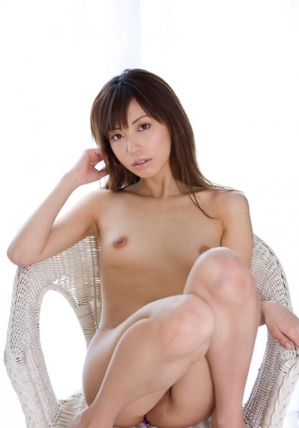 貧乳美女の全裸画像110枚の063枚目