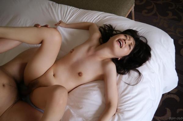 貧乳美女の全裸画像110枚の084枚目