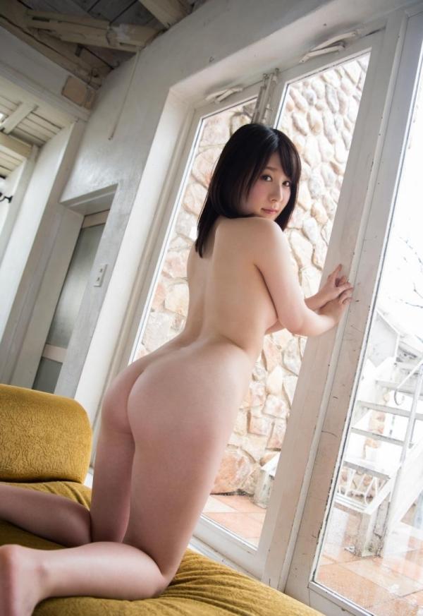 お尻のエロ画像 ヒップが綺麗な美女を集めた70枚の25枚目