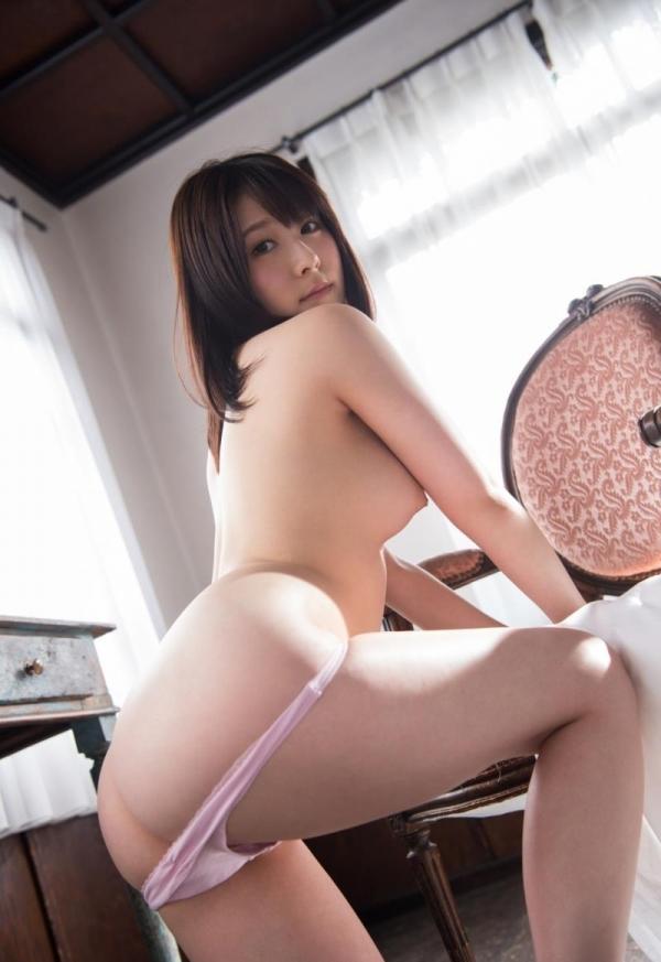 お尻のエロ画像 ヒップが綺麗な美女を集めた70枚の27枚目