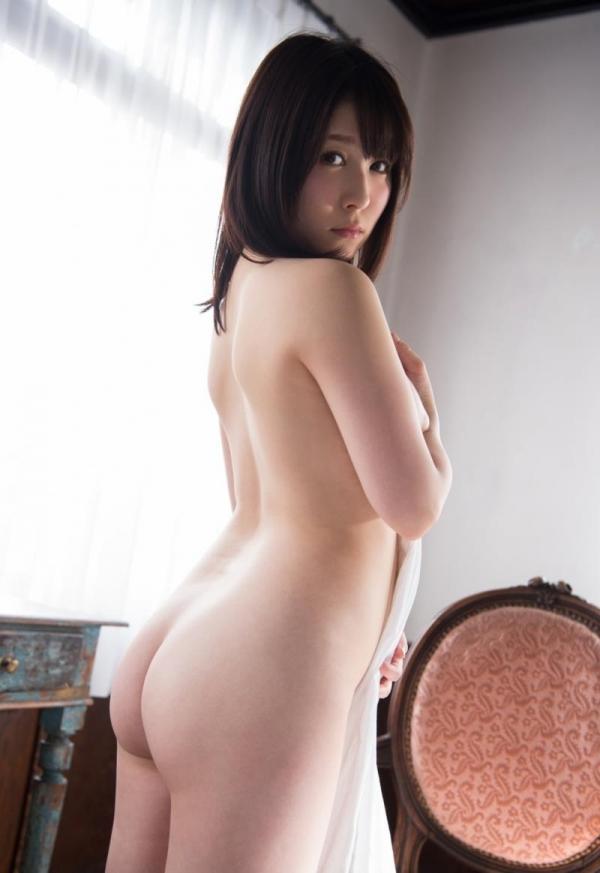 お尻のエロ画像 ヒップが綺麗な美女を集めた70枚の29枚目