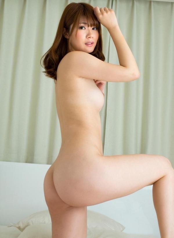 お尻のエロ画像 ヒップが綺麗な美女を集めた70枚の50枚目